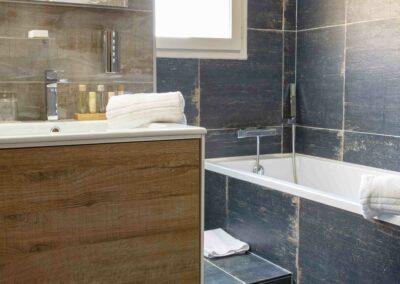 Label_Habitat_Hôtel_Méribel_Suite_de_Luxe_Salle_de_Bains