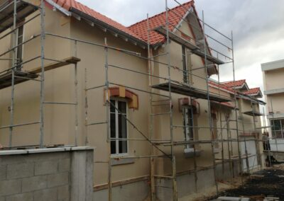 Label_Habitat_Rénovation_Villa_Façade_En_Travaux