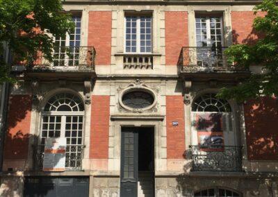 Label_Habitat_Renovation_Hôtel_Particulier_Vichy_Façade_Entrée