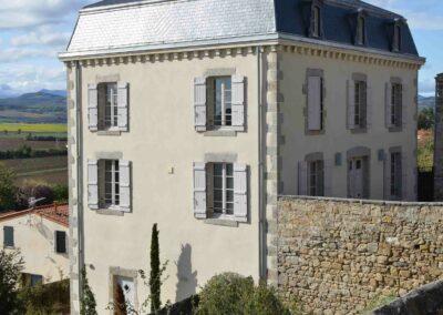 Label_Habitat_Rénovation_Maison_D_Hôtes_Montpeyroux_Vue_Extérieure